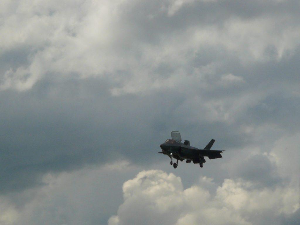 F-35 Hovering Demo. Photo: Bill Ostrove